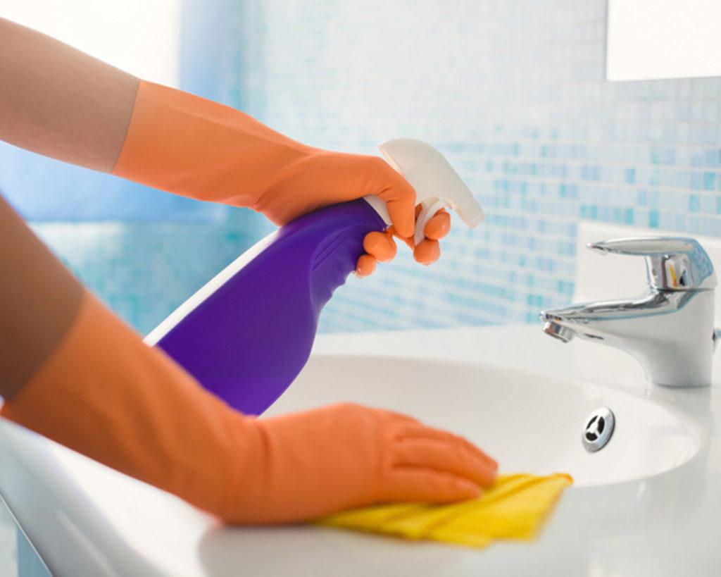 Nettoyage de sanitaires en région parisienne